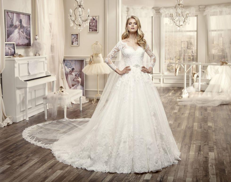 robe de mariée princesse en dentelle de la