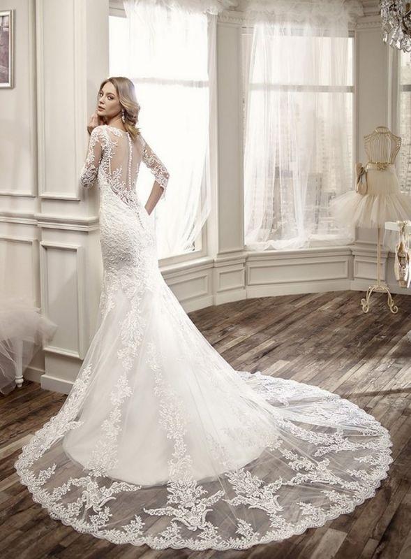 robe de mari e de la marque nicole robe de mari e et. Black Bedroom Furniture Sets. Home Design Ideas
