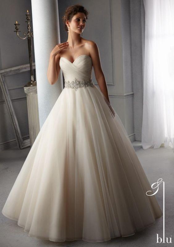 robe princesse en tulle plat et ceinture strass - Robe de mariée et ...