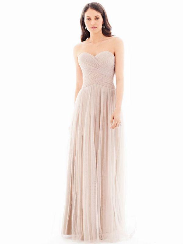 magasin de robes de mari e pour robe de demoiselle d 39 honneur marseille 13 promesse tenue. Black Bedroom Furniture Sets. Home Design Ideas